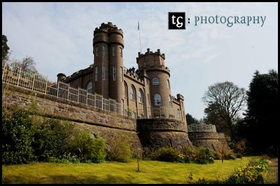Elaine & Iain€™s wedding, St Pallidus Church & Drumtochty Castle, Auchenblae, Aberdeenshire