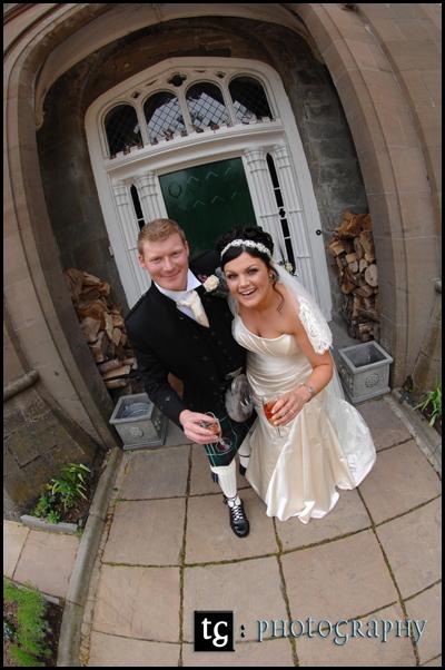 Elaine & Iain€™s wedding, St Pallidus Church & Wedding reception Drumtochty Castle