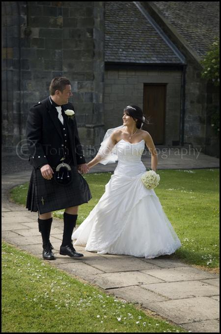 Wedding Kilwinning Abbey, wedding photographer Ayrshire