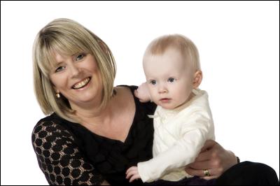 Irvine Portrait Photographer, Mum and baby Family Photo