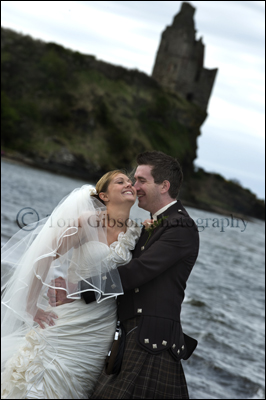 Wedding Photographer Alloway Ayrshire, natural wedding photographs