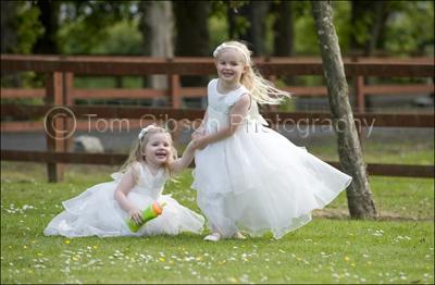 Wedding Photographer Burnhouse Manor, Ayrshire, Reportage wedding photographs