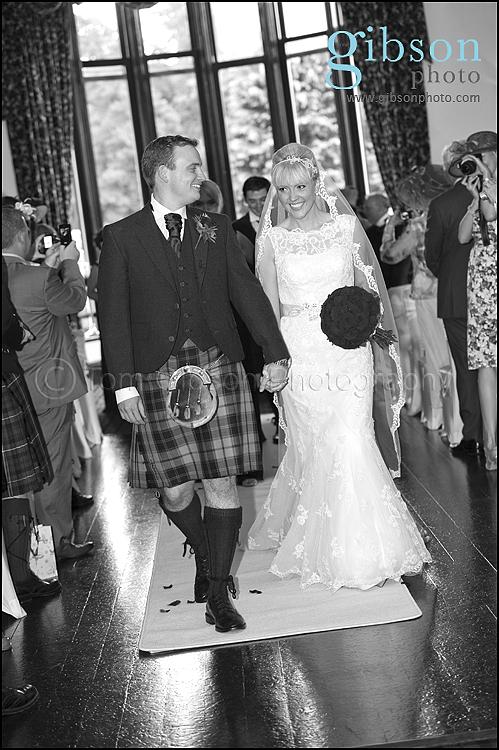 Wedding Photographer Brig O Doon wedding ceremony photographs
