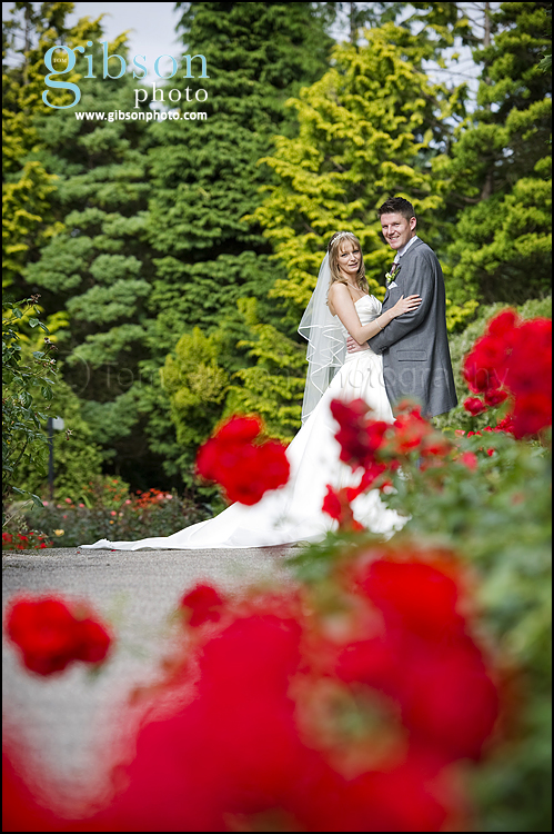 Bride and Groom wedding photographs Brig O Doon Ayrshire Wedding Venue